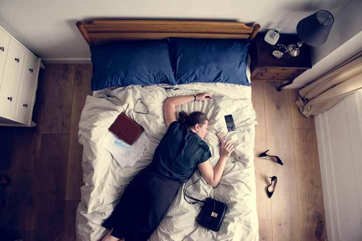 Burnout: si fatica ad alzarsi dal letto